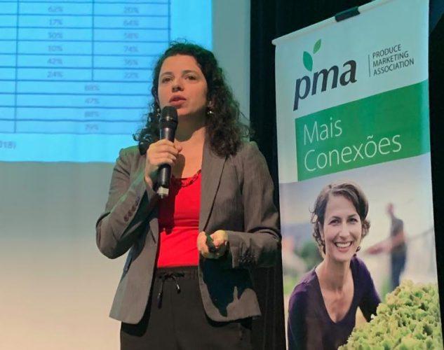 Agroicone ministra palestra em evento para mercado hortifrúti